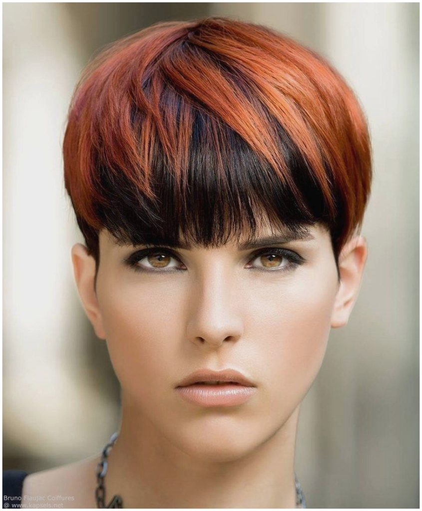 The most elegant 2019 style of hairstyling? It is certainly the pixie cut, the darling cut of the 90s. Do you remember Gwyneth Paltrow in those years and the movie Sliding Doors? Very short but super feminine, the gentler features stand out and focus all the attention on the look.  The celebrity who brings him better at this time is Ursula Corbero, protagonist of the series The paper house, with sideburns that make it contemporary.
